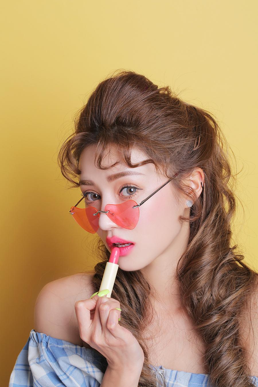 ผลการค้นหารูปภาพสำหรับ 3CE Love 3ce Velvet Lip Stick Laugh