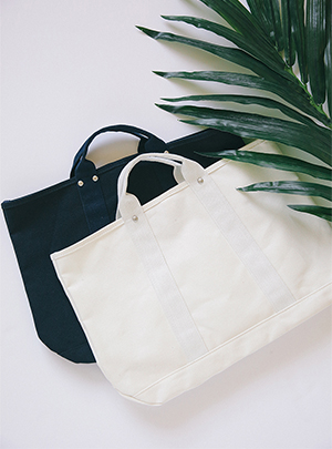 SQUARE CANVAS TOTE BAG