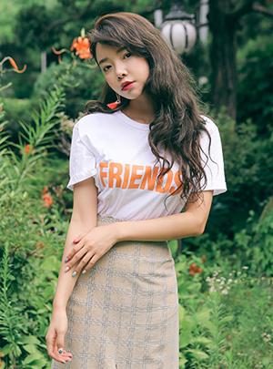 리얼프렌즈 하프 티셔츠