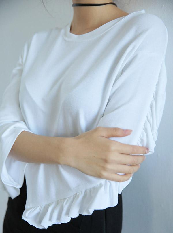 프릴다운 긴소매 티셔츠