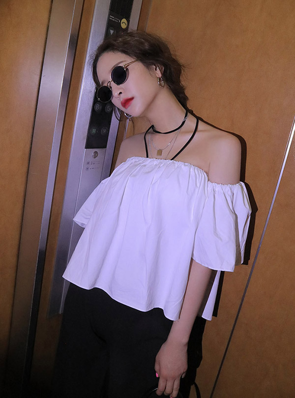 Cupid off shoulder wing BL